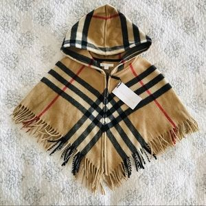 New with tags Burberry cape shawl size L kids